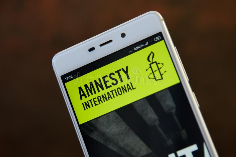 Amnesty International sur la fin d'?cran de smartphone  photos libres de droits
