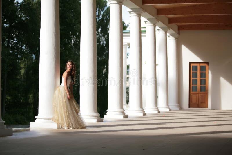 amongst colonnadesflicka arkivbilder
