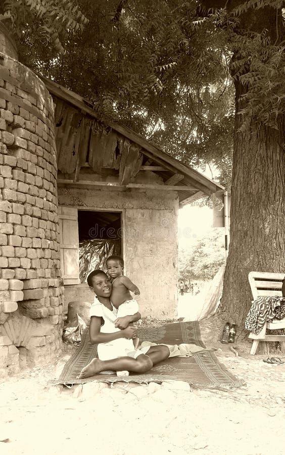 Amor de la familia del pueblo foto de archivo libre de regalías