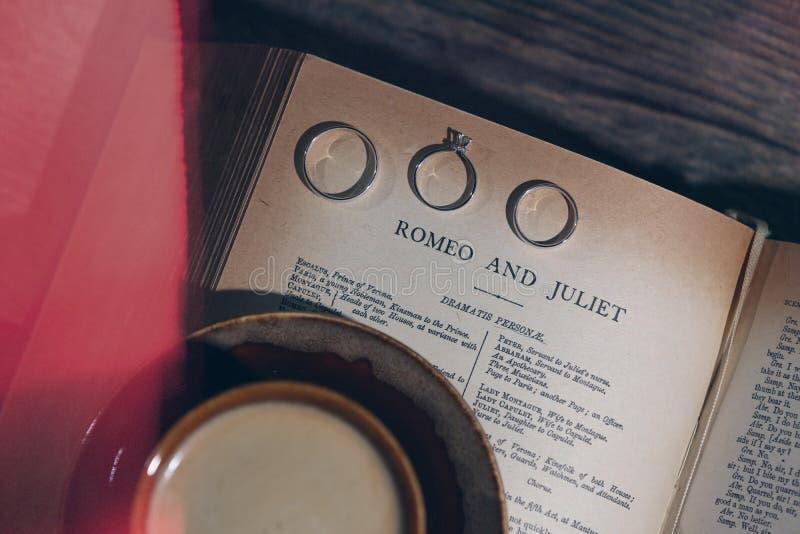 Amor de Romeo e de Juliet imagem de stock royalty free