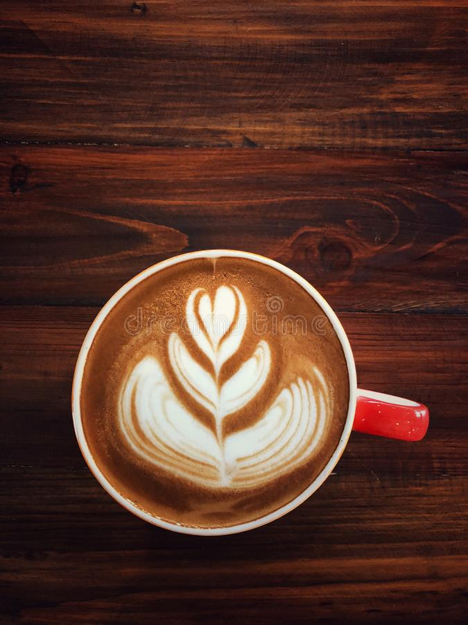 Amor del café del amor en su taza Despierte y energía completa del terraplén fotografía de archivo