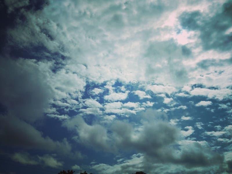 Amor del cielo de la naturaleza hermoso foto de archivo
