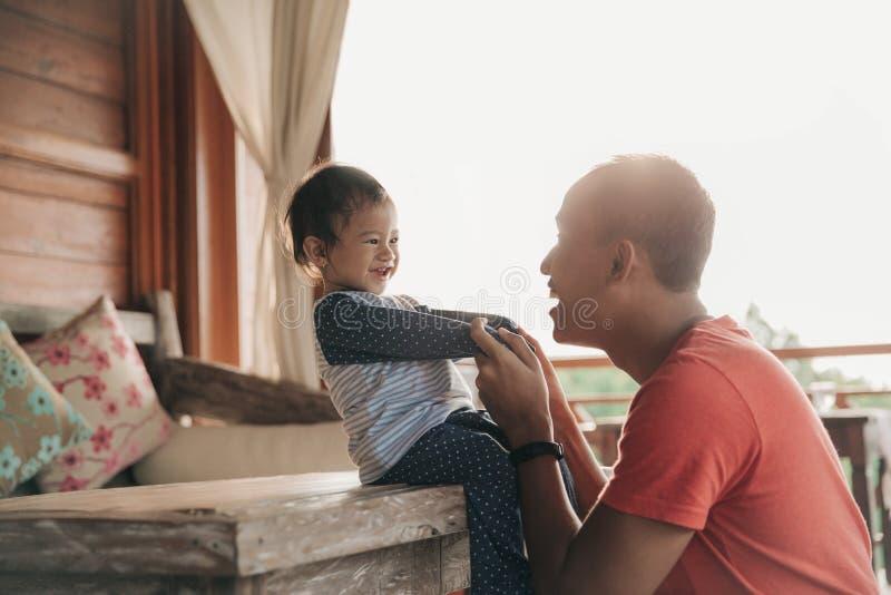 Amor do Parenting foto de stock