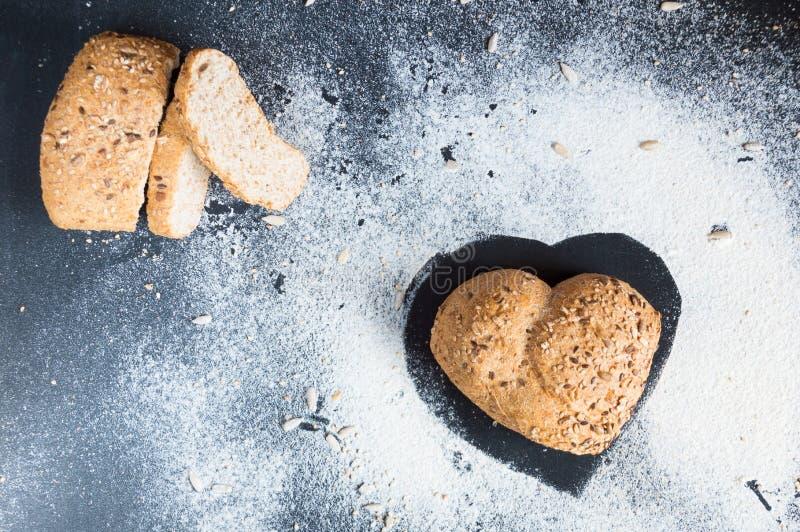 Amor e paixão para o pão de wholemeal imagens de stock