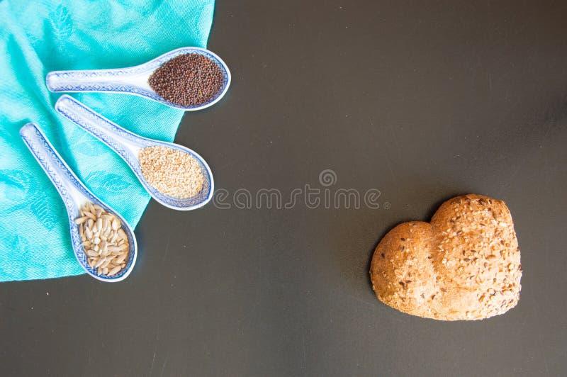 Amor e paixão para o pão de wholemeal imagem de stock