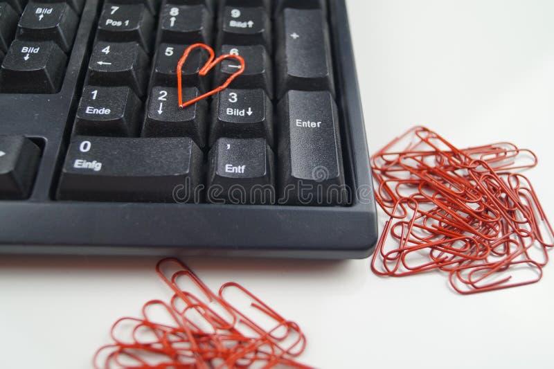 Amor en la oficina imagen de archivo libre de regalías