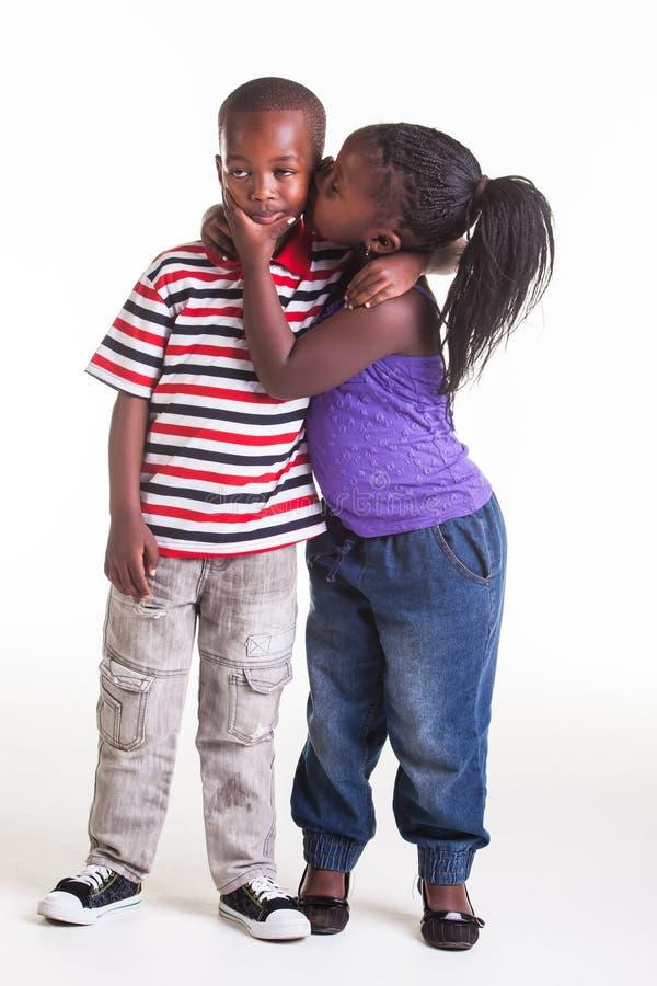 Amor en una edad temprana imagenes de archivo