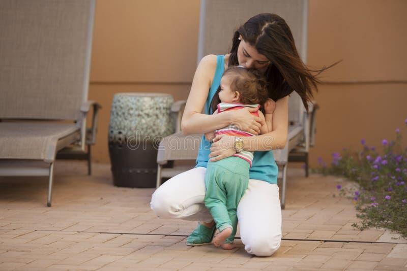 Amor maternal foto de archivo libre de regalías