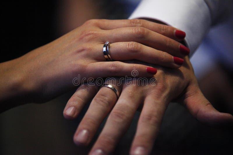 Amor romántico 21 de los símbolos de la boda de los pares de la boda fotos de archivo libres de regalías