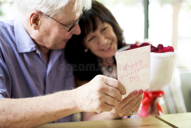 Amor romântico Valentine Anniversary Surprise imagem de stock