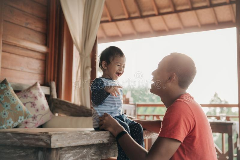 Amore di Parenting fotografia stock