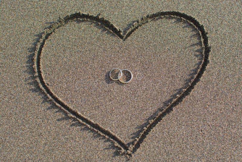 Amore e nozze sulla spiaggia fotografia stock