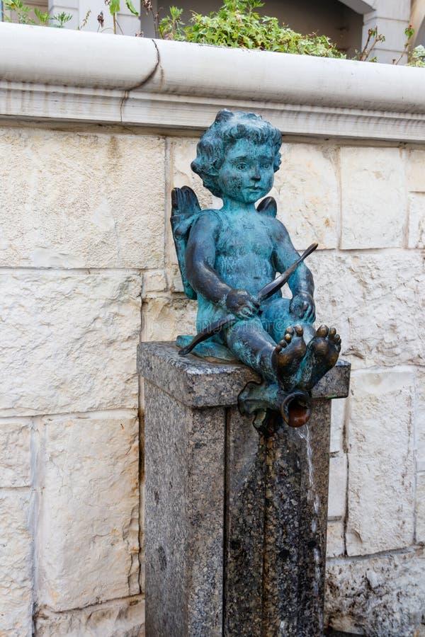 Amorek fontanna na piazza kwadracie w Batumi, Gruzja obrazy stock