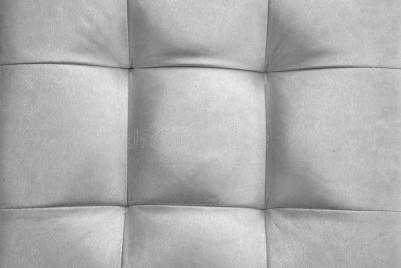 Amortiguador de cuero natural color plata o almohada o soplo Backgroun imagen de archivo