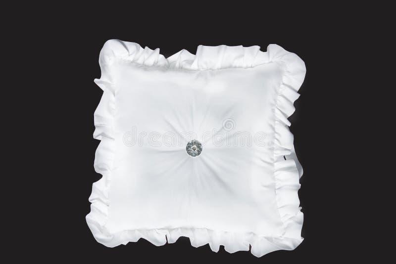 Amortiguador de la casilla blanca con los volantes - el bebé o los niños soporta en fondo negro foto de archivo libre de regalías