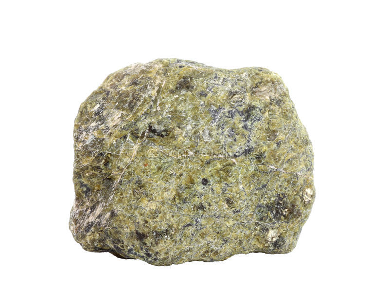 Amostra natural de rocha do serpentinite isolada no fundo branco fotografia de stock royalty free
