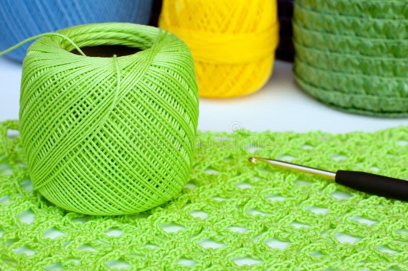 Equipamento do Crochet foto de stock royalty free