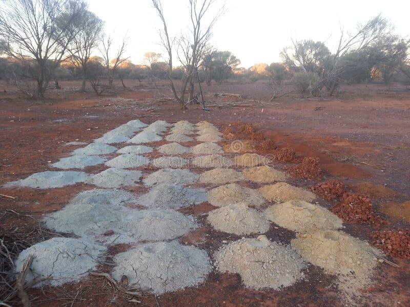 Amostras Geological do furo de broca no interior australiano imagem de stock royalty free