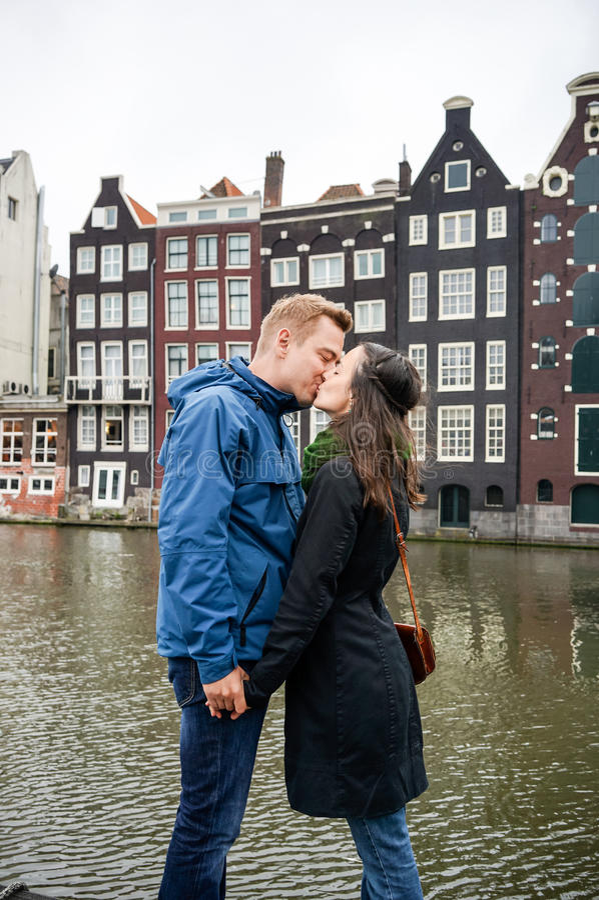 Amour à Amsterdam photo libre de droits