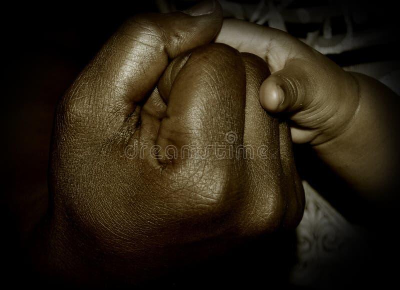 AMOUR AU-DESSUS D'OBSCURITÉ photo libre de droits