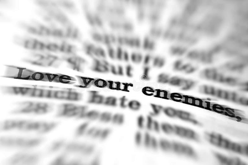 Amour de citation d'écriture sainte de nouveau testament vos ennemis images stock