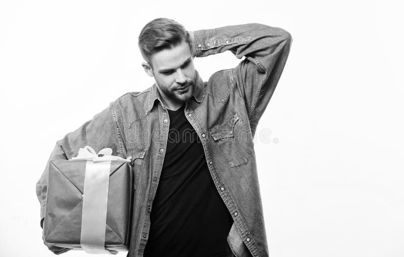 Amour et concept romantique de sentiments Cadeau de jour de valentines Cadeau romantique L'homme avec la barbe et le visage heure photos stock
