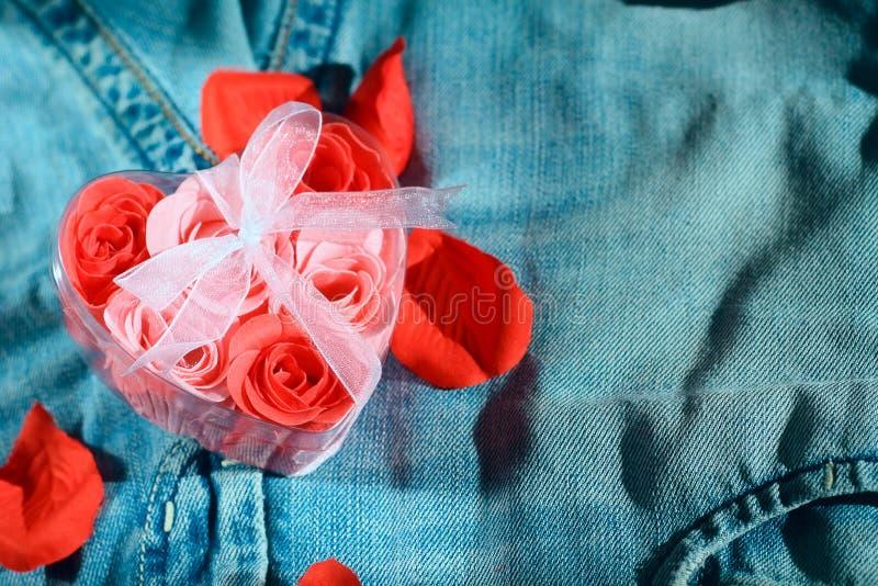 Amoureux de jeans photos libres de droits