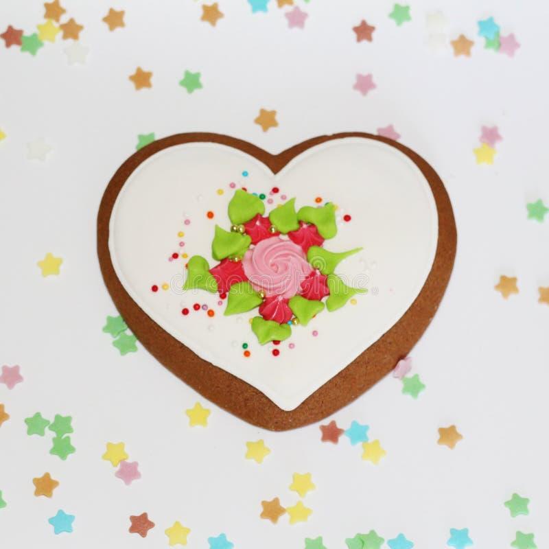 Amoureux - pain d'épice pour la Saint-Valentin ou un cadeau pour aimé image stock