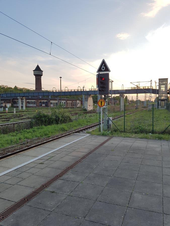 Ampel bei Trainstation in Elstal u. in x28; Germany& x29; stockfoto