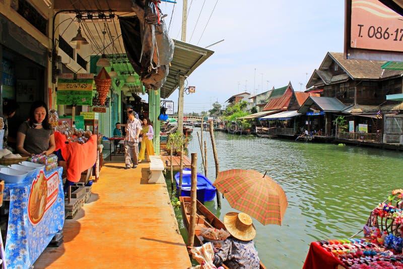 Amphawa att sväva marknadsför, Amphawa, Thailand fotografering för bildbyråer