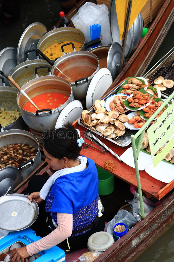 Amphawa floating market. Is located in Rajchaburi province. The Market have many kind of foods royalty free stock photos