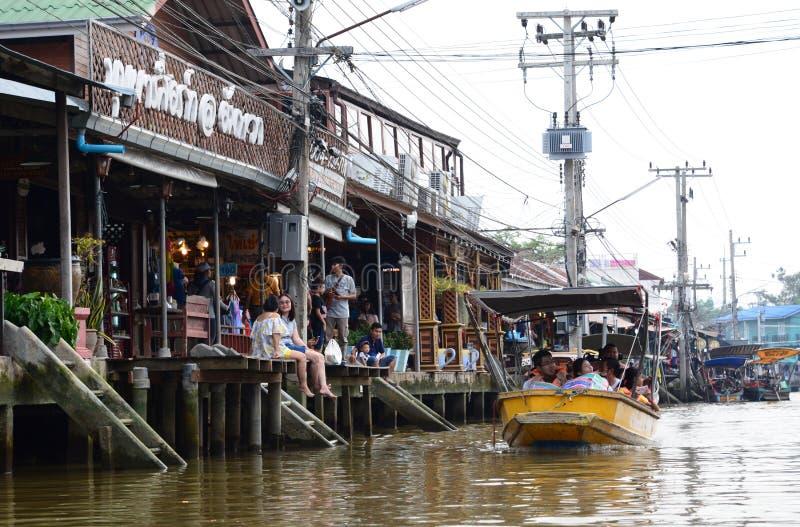 Amphawa kanal och den sväva marknaden Samut Songkhram landskap thailand royaltyfri fotografi