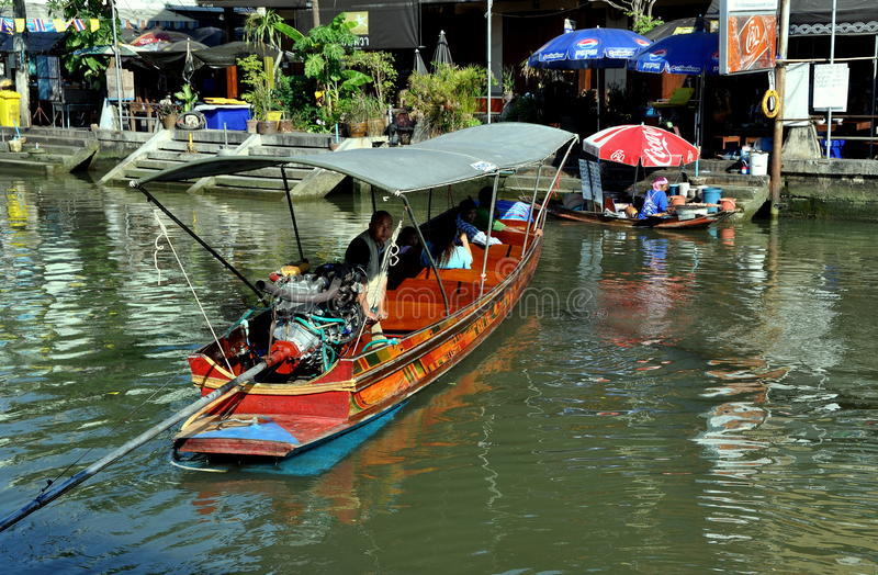 Amphawa, Thailand: Segler auf Kanal stockbild