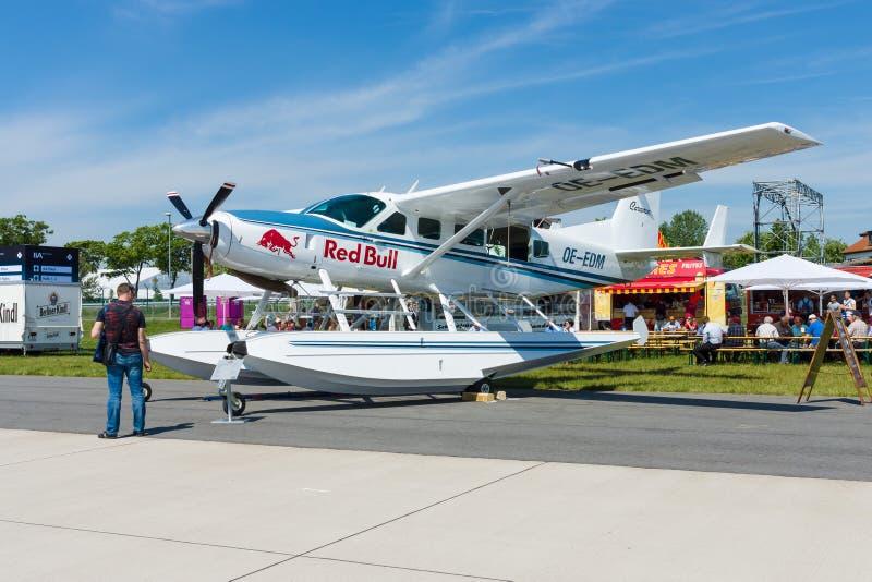 Amphibie léger de caravane de Cessna 208 de turbopropulseur de transport image libre de droits