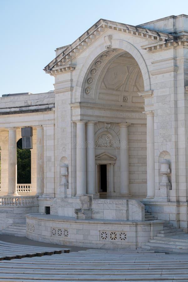 Amphithéâtre commémoratif au cimetière d'Arlington photographie stock