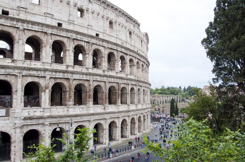 Amphithéâtre de Colisé à Rome, Italie Amphithéâtre majestueux de Colisé Architecture antique d'amphithéâtre en Europe Co photographie stock