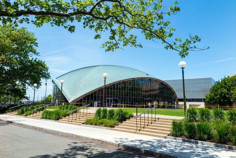 Amphithéâtre de Kresge au MIT photographie stock libre de droits