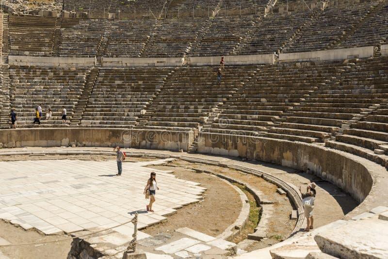 Download Amphithéâtre De Ville Antique D'Ephesus Image stock éditorial - Image du voûte, destinations: 77162994