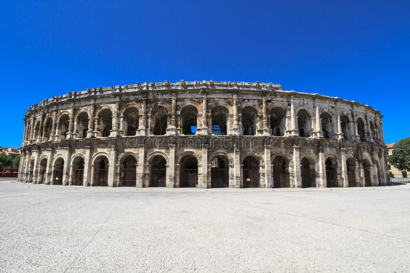 Amphithéâtre romain à Nîmes, France photo stock