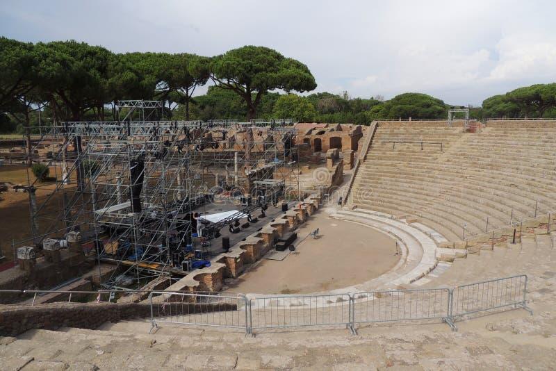 Amphitheater bei Ostia Antica stockfotografie
