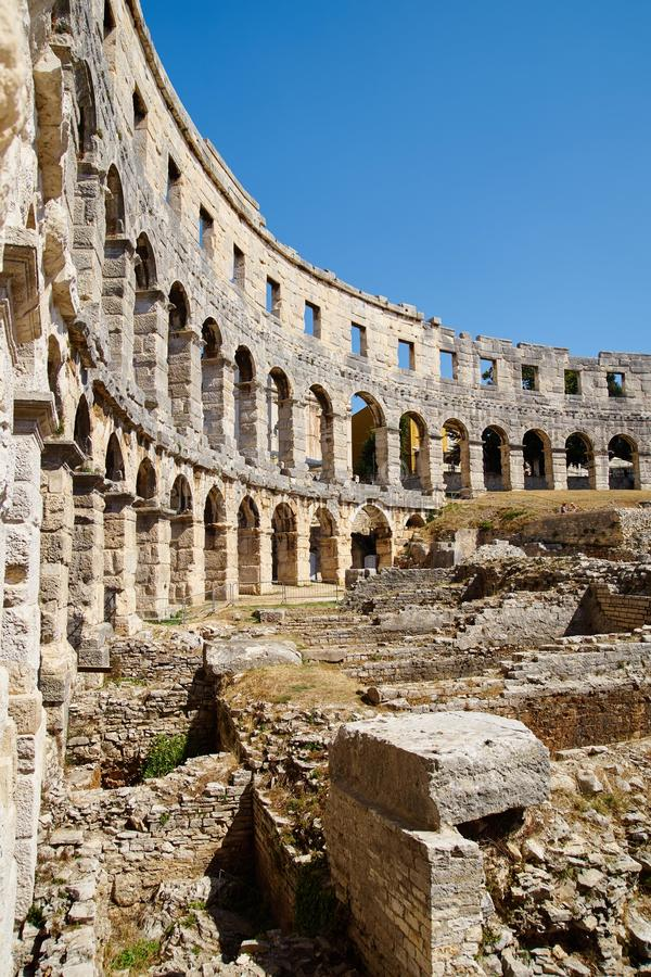 Amphitheater nos Pula imagens de stock royalty free