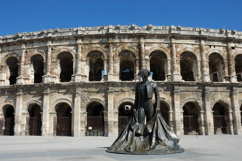 Amphitheater romano em Nimes fotos de stock