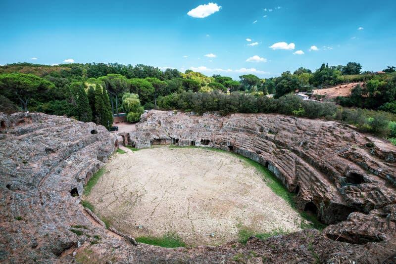 Amphitheater romano Sutri, Itália imagem de stock royalty free