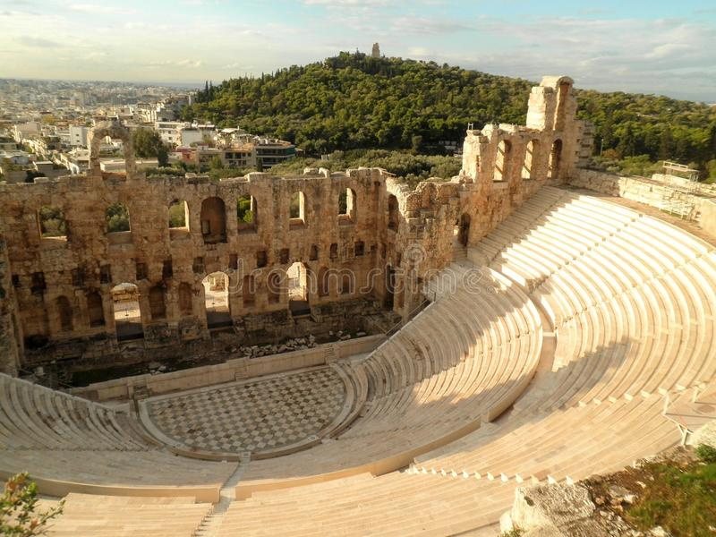 Amphitheatre-Amphitheater Athen Griechenland lizenzfreies stockbild