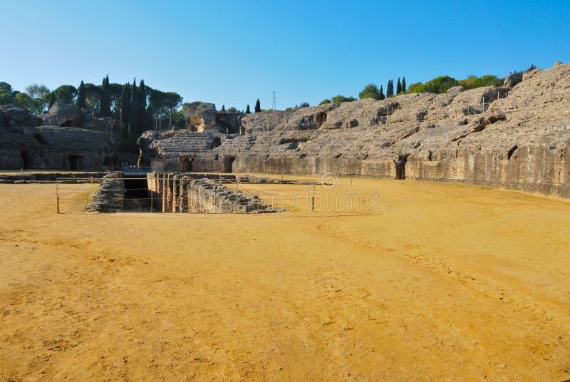 Amphitheatre de Italica imagens de stock royalty free