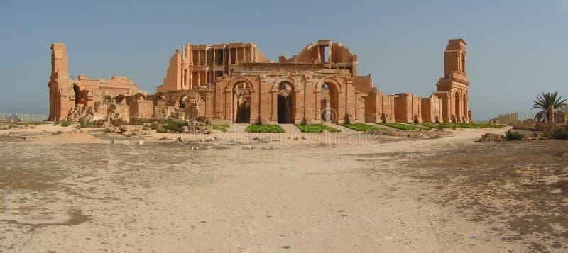 Amphitheatre de Sabratha imagenes de archivo