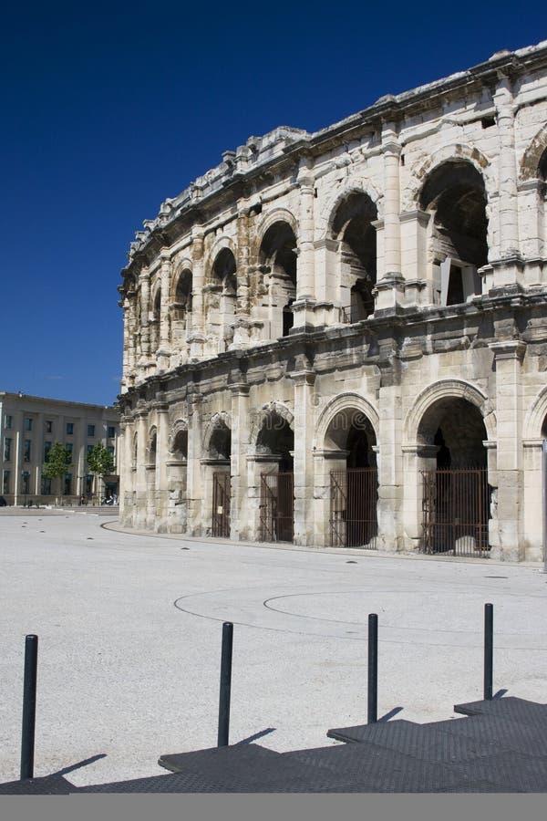 Amphitheatre em Nimes fotografia de stock royalty free
