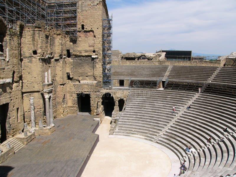 Amphitheatre in Provence lizenzfreie stockbilder