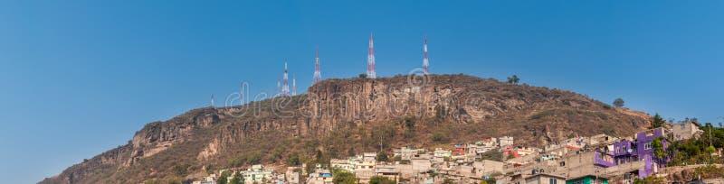 Ampia vista panoramica di Tlalnepantla de Baz e di Città del Messico immagini stock libere da diritti