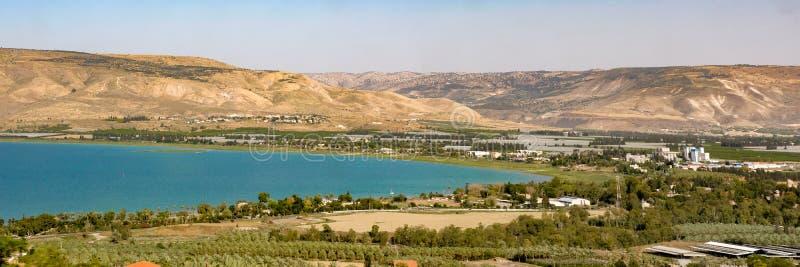 Ampio panorama dell'estremità sud del mare della Galilea immagine stock libera da diritti